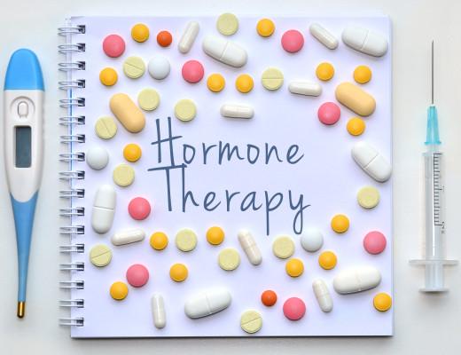Ist die Angst vor Hormonen unbegründet? Können Frauen in der Menopause jetzt aufatmen? Das sagen die Experten zu Brustkrebs durch Hormone, Hormonersatztherapie und Angst vor Hormonen
